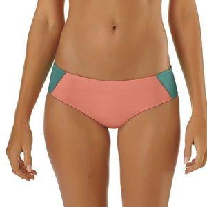 Patagonia Reversible Cutback Bikini Bottoms M new